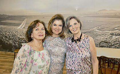 Lucy Perea, Lala Ferrero y Elsie Garrigue