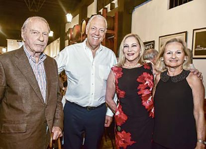 Roberto Alessi, Álvaro Carulla, María Amalia Ferrero y Gina Carulla.