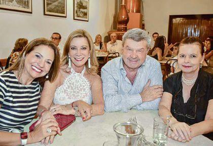 Rossana Chaluja, Milagros Miró Quesada, Emilio Rodríguez Larraín y Pancha Piedra.