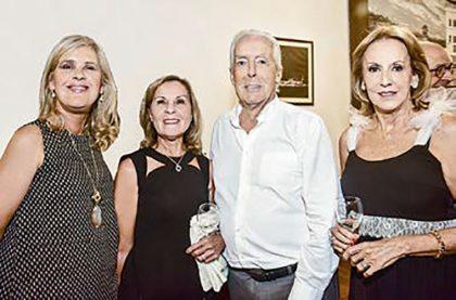 Verónica Clarke, Elsa Álvarez del Villar, Calipe Rizo Patrón y Mónica de Rizo Patrón.