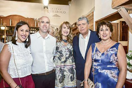Ximena Ponce, Sergio Ferrero, Marisol Merino, Manuel Ponce y Zoila Rázuri.