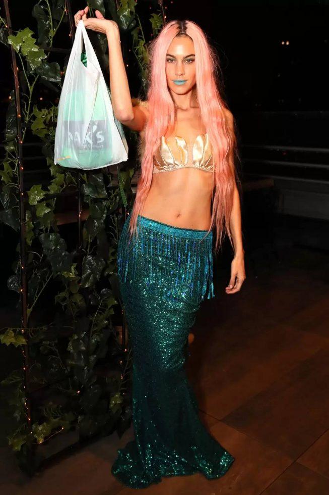 Alexa Chung como una hermosa sirena.
