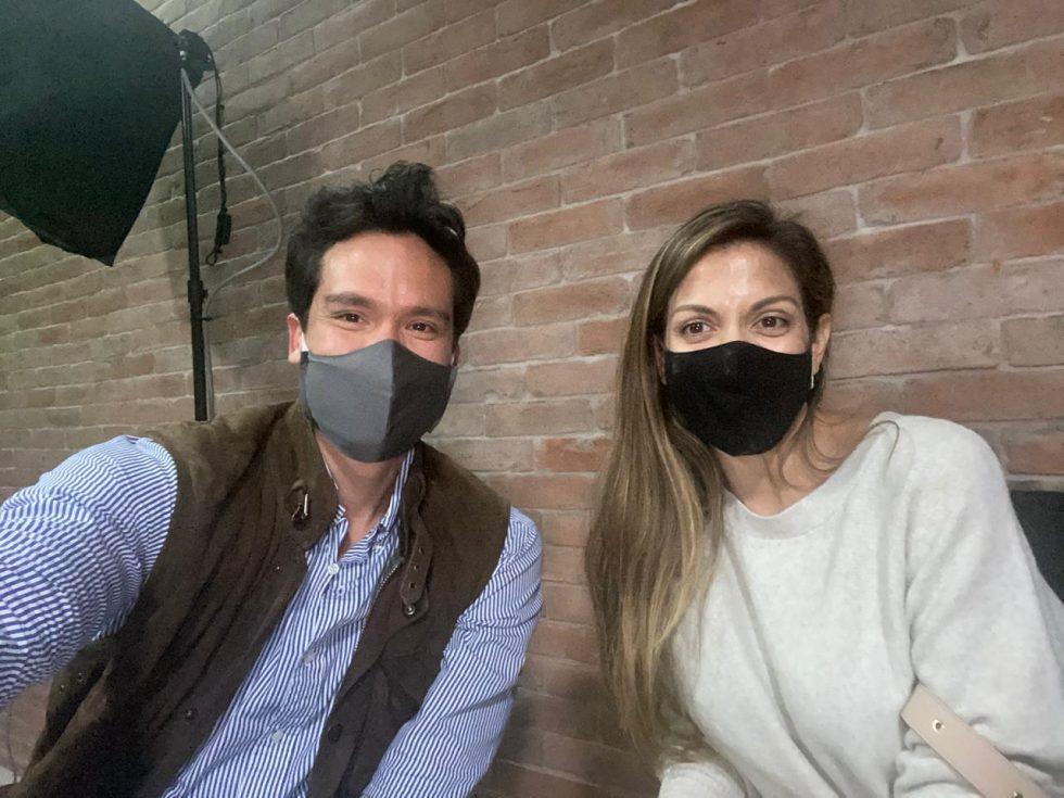 Gonzalo Li y Natalia Delgado, en el backstage de la Subasta MALI