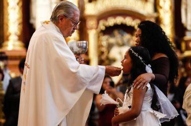 Matrimonios y bautizos 2 de noviembre 1