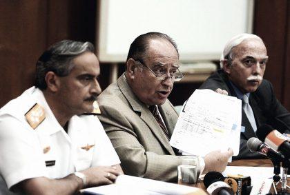 Flores-Aráoz en la Comisión de Defensa del Congreso, en 2008.