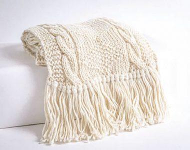 Chal de alpaca colección limitada de Karen Mitre, hecho por las tejedoras de Misión Huascarán.