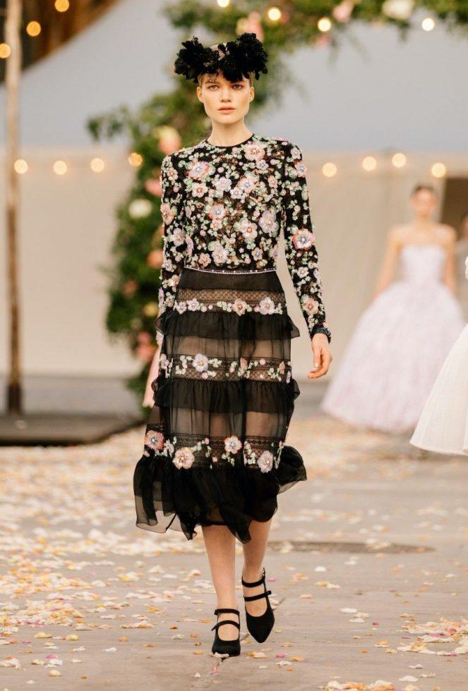 Look 2 colección Chanel primavera-verano 2021