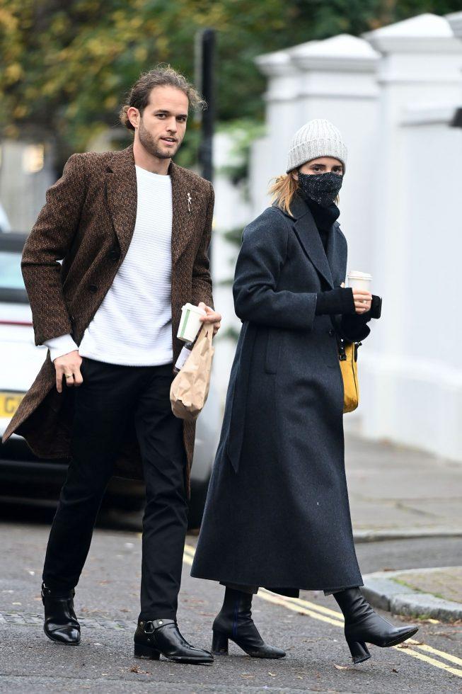 Emma Watson y su prometido Leo Robinton