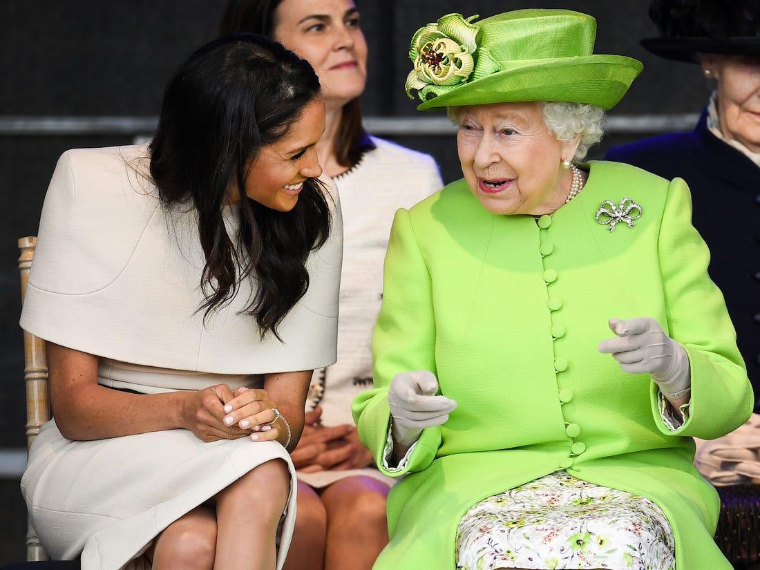 La reina Elizabeth II y Meghan Markle