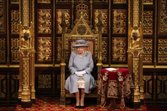 reina Elizabeth parlamento