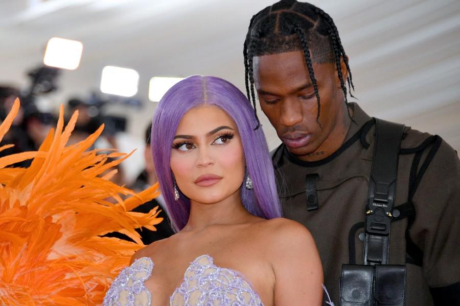 Kylie y Travis