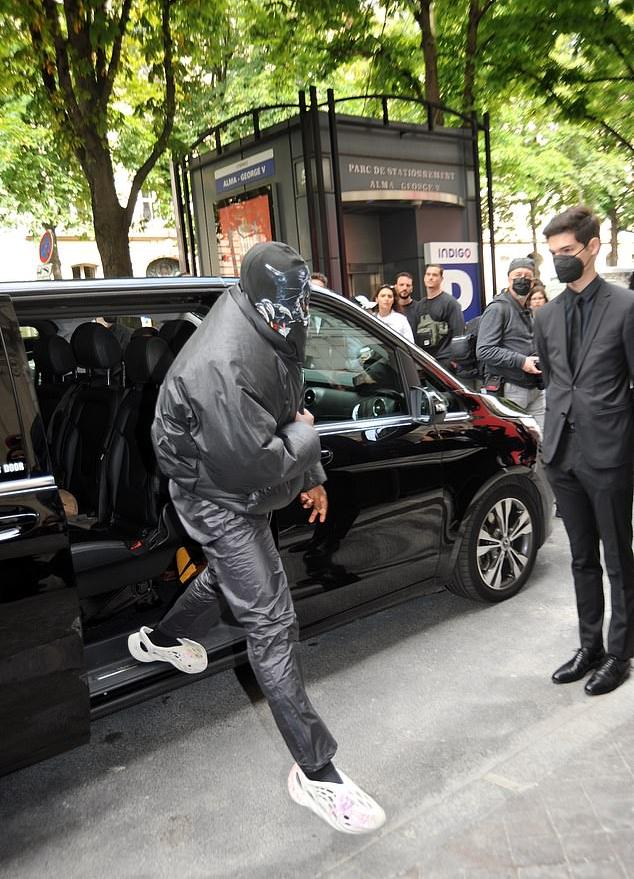 Kanye West Balenciaga