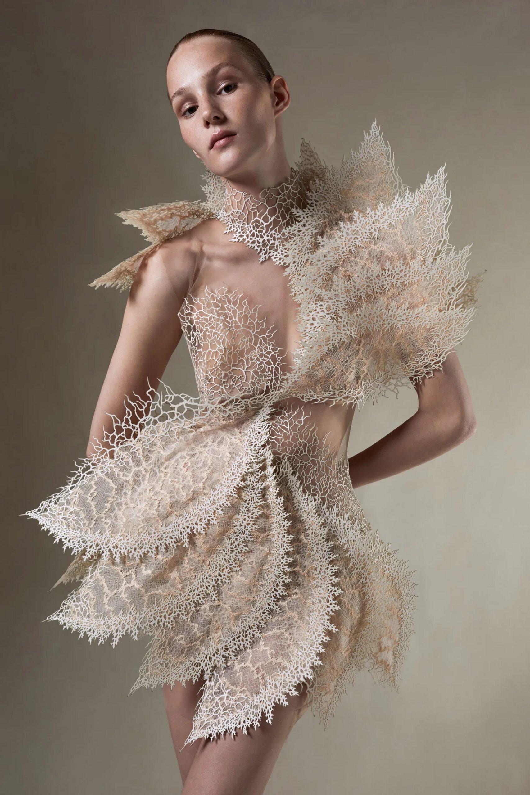 Vestidos Iris Van Herpen