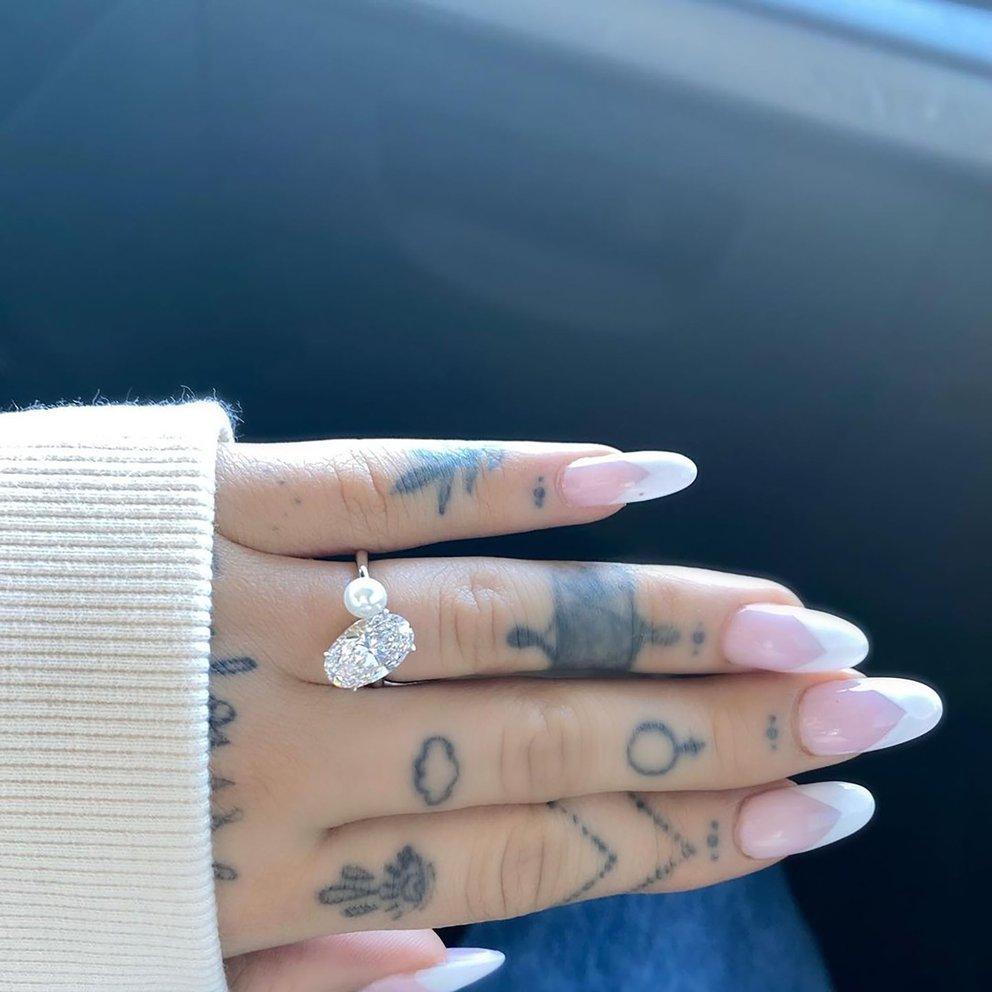 Ariana anillo