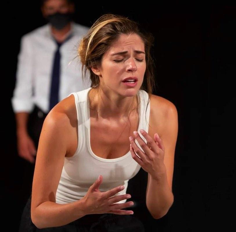 Stephanie Cayo en el curso de actuación de Corazza