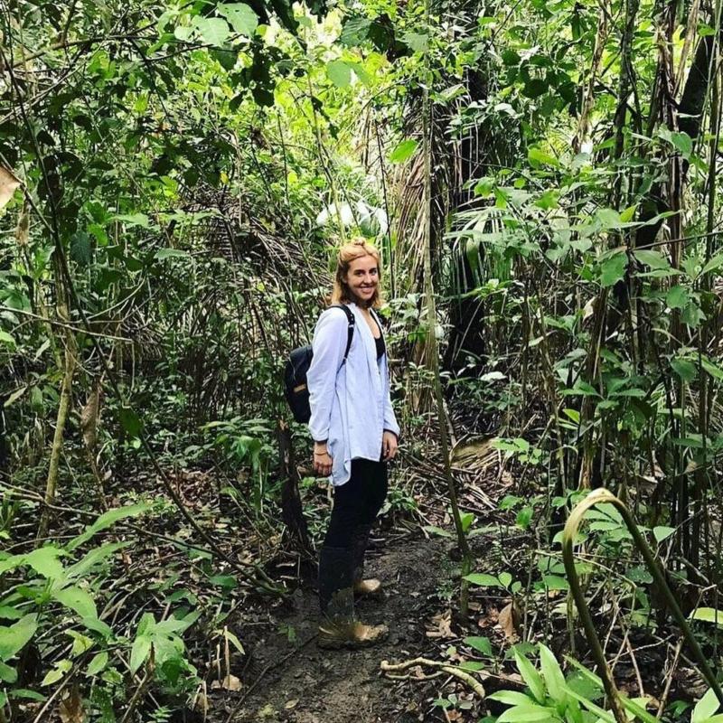 Francesa en la selva